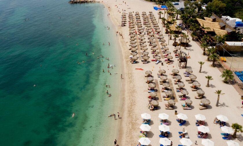 Νότια προάστια: Πόσο στοιχίζει φέτος η είσοδος στις παραλίες;