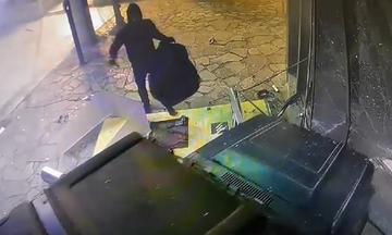 Πέντε συλλήψεις κι εξάρθρωση της σπείρας που ανατίναζε ΑΤΜ τραπέζων από την Αστυνομία!