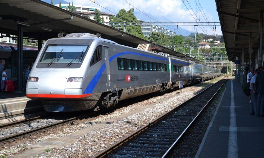 Πού κόλλησε η δρομολόγηση του βέλους στο Αθήνα-Θεσσαλονίκη -Τι δεν έχουν τα τρένα που παραγγείλαμε