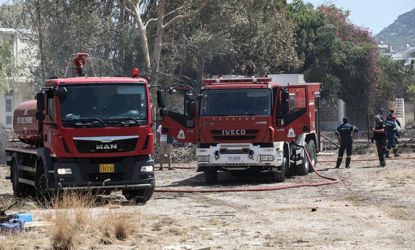 Αχαΐα: Πυρκαγιά στη Δροσιά - Εκκενώνεται προληπτικά η κοινότητα