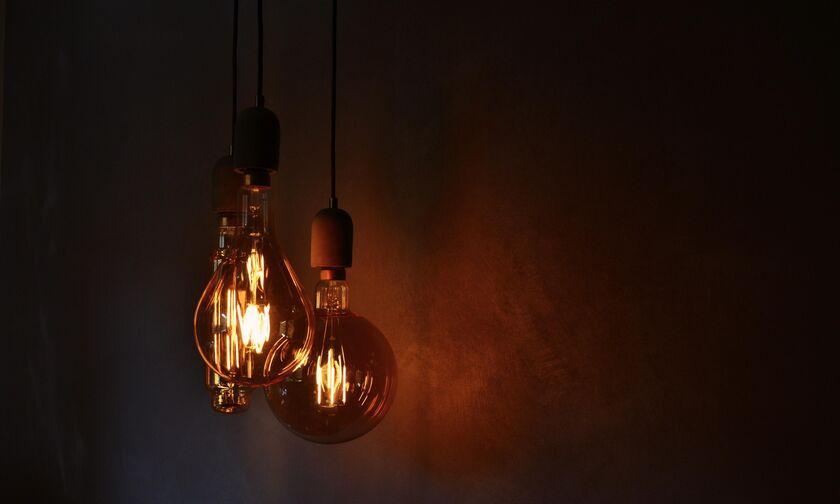 ΔΕΔΔΗΕ: Διακοπή ρεύματος σε Πειραιά, Βύρωνα, Αθήνα, Ζωγράφου, Ν. Φιλαδέλφεια, Μαρούσι, Περιστέρι