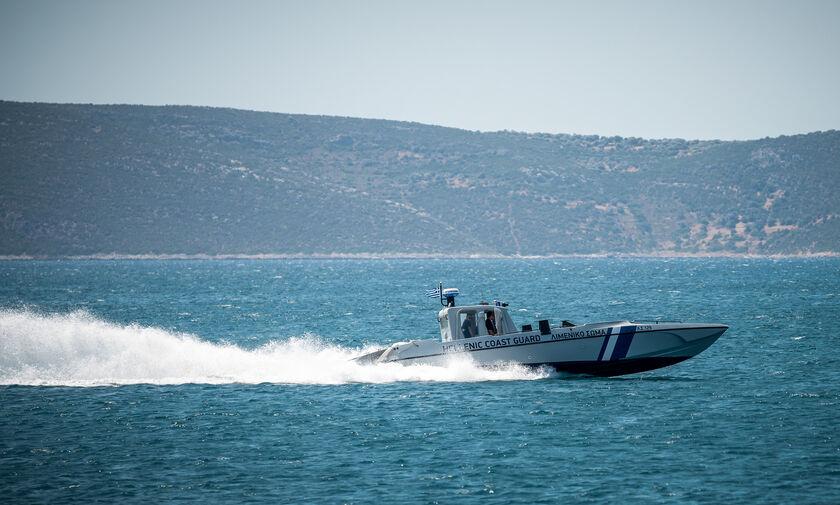 Λέσβος: Τρεις αγνοούμενοι σε ναυάγιο