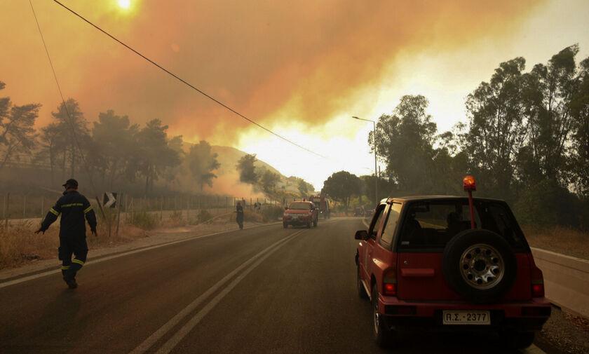 Αχαΐα: Δεκαέξι τραυματίες και ολονύχτια μάχη με τις φλόγες για την Πυροσβεστική