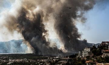 Πυρκαγιά στη Βαρυμπόμπη: Απειλείται η ηλεκτροδότηση στην Ανατολική Αττική - Έκτακτη σύσκεψη (vid)