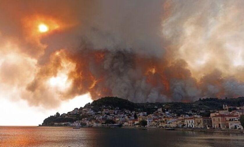 Φωτιά στην Εύβοια: Μεγάλη μάχη με τις φλόγες - Εκκενώθηκαν 8 οικισμοί, κάηκαν σπίτια