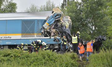 Τσεχία: Δυο νεκροί και δεκάδες τραυματίες μετά από σύγκρουση τρένων