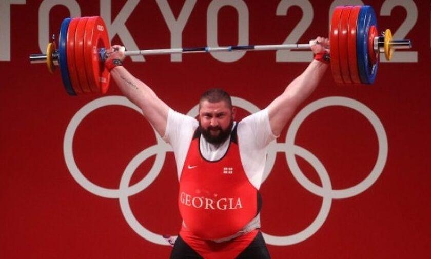 Ολυμπιακοί Αγώνες 2020: Χρυσό μετάλλιο με παγκόσμιο ρεκόρ για τον Ταλακχάντζε στην άρση βαρών (vid)