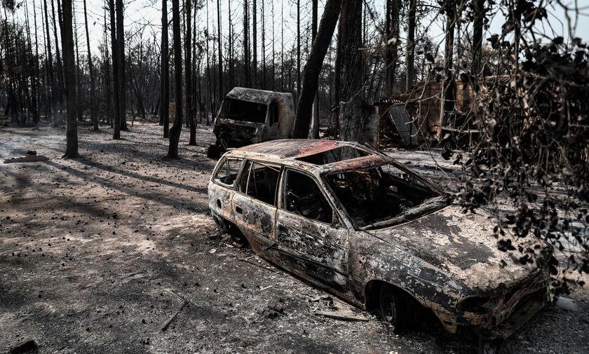 Εισαγγελική έρευνα για την πυρκαγιά στη Βαρυμπόμπη