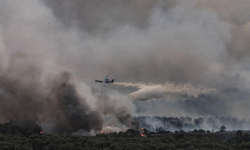 Βαρυμπόμπη: Τρεις οι αναζωπυρώσεις της πυρκαγιάς - Νέο μήνυμα από το 112 (pic)