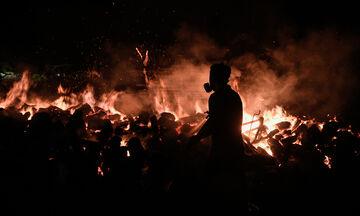 Αττική: Δύσκολη νύχτα για Θρακομακεδόνες, Βαρυμπόμπη, Μαλακάσα - Η φωτιά κατευθύνεται προς Ωρωπό
