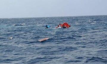 Μήλος: Σώοι οι 18 επιβαίνοντες από τη βύθιση σκάφους - Το βίντεο από την επιχείρηση διάσωσης