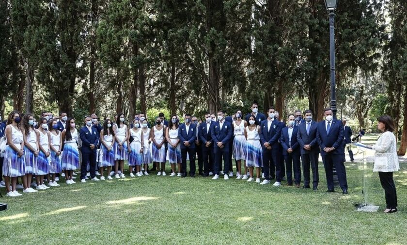 Σακελλαροπούλου: «Μας κάνετε περήφανους. Αποτελείτε πρότυπα για τους νέους μας»