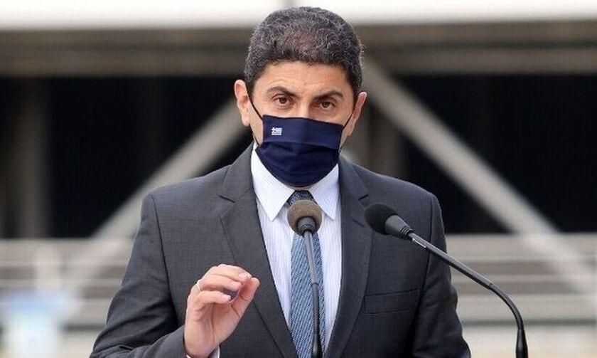 Αυγενάκης: «Η ΕΟΚ χρησιμοποιεί τους υπαλλήλους ως ομήρους»
