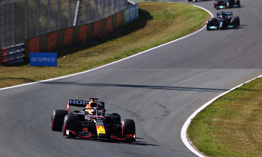 Grand Prix Ολλανδίας: Νίκησε χωρίς να απειληθεί ο Φερστάπεν