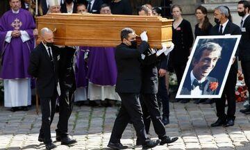 Ζαν-Πολ Μπελμοντό: Συγκίνηση στο τελευταίο «αντίο» στον μεγάλο Γάλλο ηθοποιό (vid)