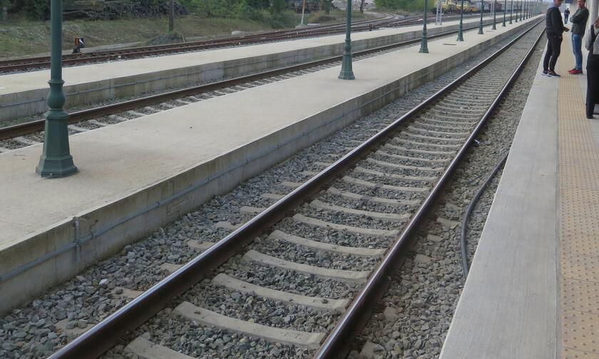 Υπογράφονται τα σιδηροδρομικά έργα Θεσσαλονίκη - Ειδομένη και Λάρισα - Βόλος