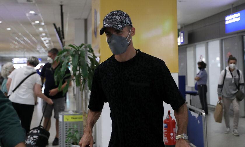 Μοχαμαντί: «Χαρούμενος που βρίσκομαι σε ένα τόσο μεγάλο κλαμπ όπως η ΑΕΚ»