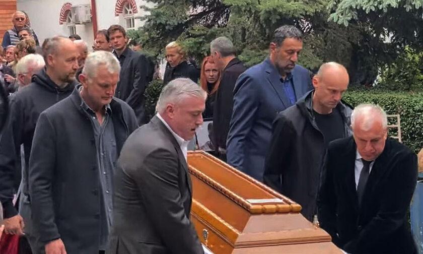Σπανούλης, Αγγελόπουλοι, Ιτούδης, Ζοτς, Άντιτς, Κέσελι: Το τελευταίο αντίο στον Ίβκοβιτς (vids-pics)