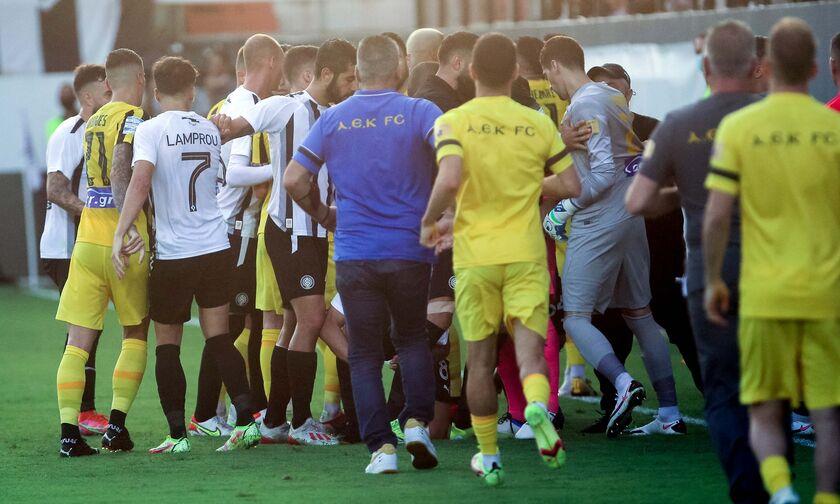 Super League 1: Σε απολογία Κονέ, Παπαδημητρίου και ΟΦΗ για τα όσα συνέβησαν στο Ηράκλειο