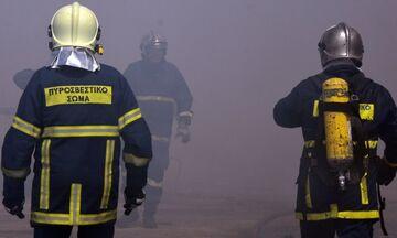 Κάρυστος: Πυρκαγιά σε ιστιοφόρο - Στο νοσοκομείο οι τέσσερις επιβαίνοντες