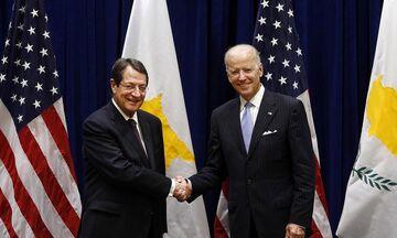 Επιστολή Μπάιντεν σε Αναστασιάδη: «Οι ΗΠΑ στηρίζουν μία συνολική διευθέτηση του Κυπριακού»