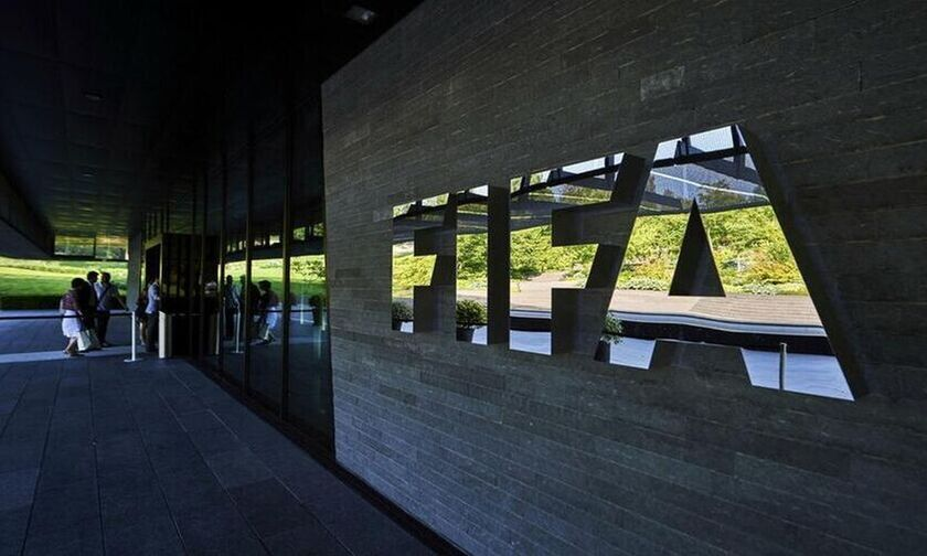 FIFA: Καταδικάζει τα επεισόδια σε Αγγλία και Αλβανία η Παγκόσμια Ομοσπονδία