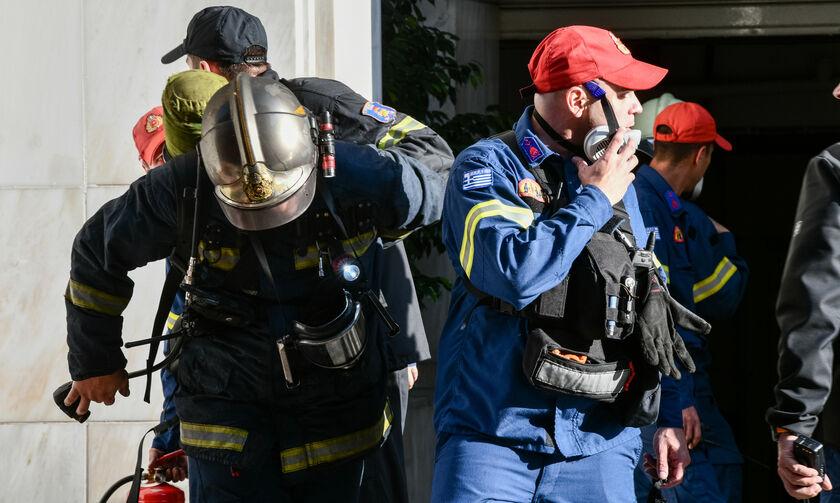 Μύκονος: Ξέσπασε φωτιά σε εστιατόριο! (vid)